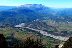 Η ένωση των ποταμών Αώου και Βοϊδομάτη στον κάμπο της Κόνιτσας, όπως φαίνεται από το τέλος της γεωλογικής διαδρομής - ΧΑΡΗΤΑΚΗΣ ΠΑΠΑΙΩΑΝΝΟΥ/ HARITAKIS PAPAIOANNOU
